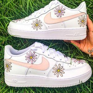 Nike Air Force 1 Pastel Peach Flower Sneaker